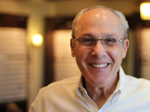 Bruce ABO Certified Eyeglass Expert