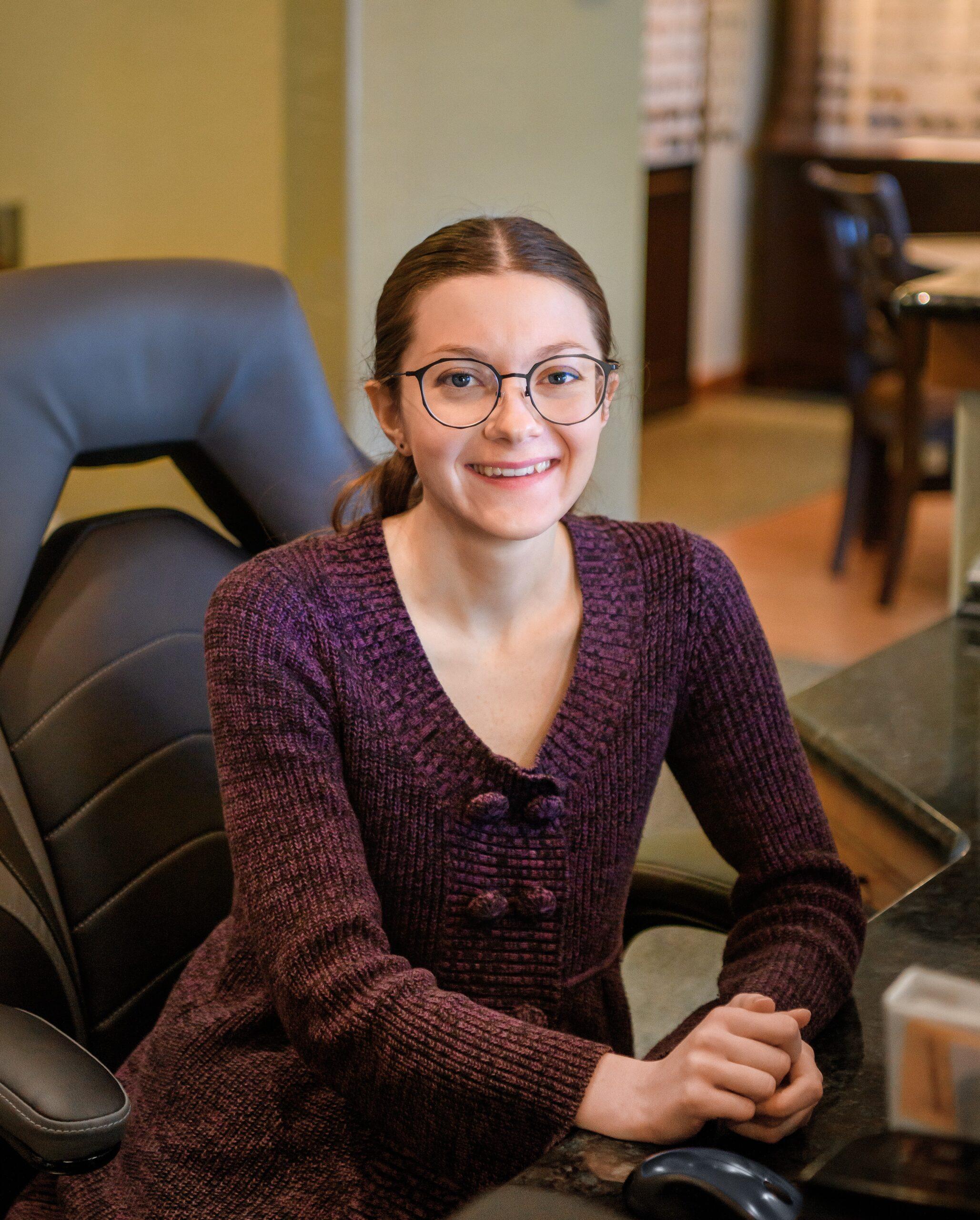 Becky, Receptionist/Tech