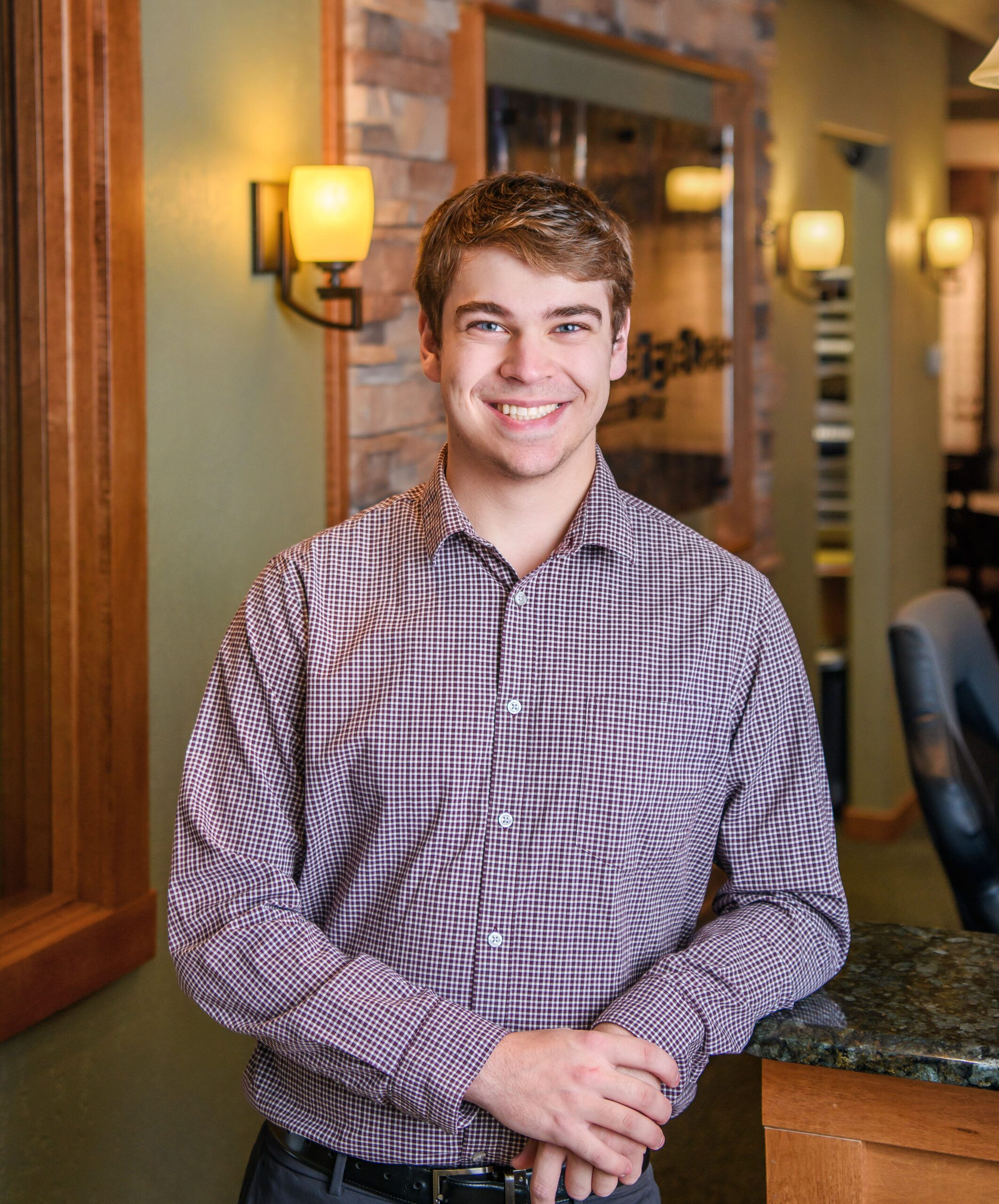 Brandon, Receptionist/Tech